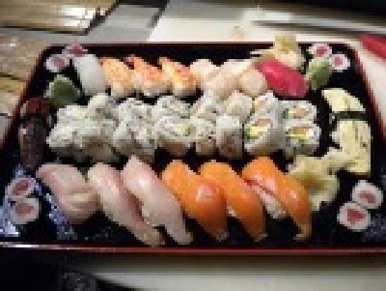 Renton, WA: Sushi 45