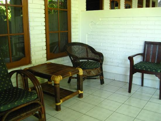 Hotel Flamboyan: Verandah of our room