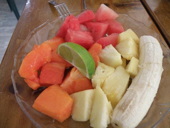 Amor y Cafe: Fruit Plate
