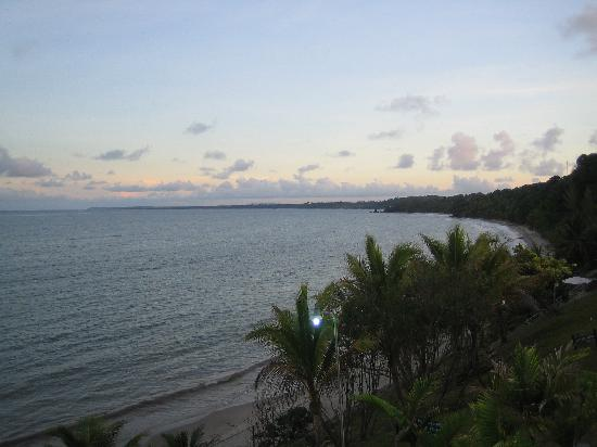 Salybia Nature Resort & Spa: View of the beach at sunset