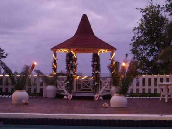 Villa Capri: Wedding Gazebo