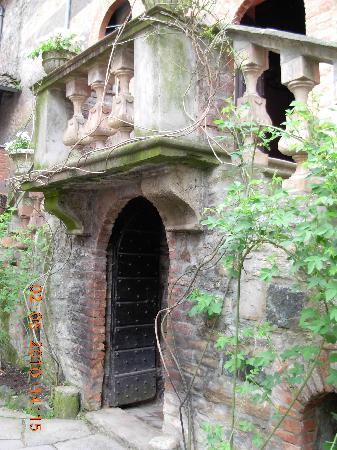 Castello di Gropparello, particolare