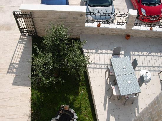 Casa del Mare: entrada al hotel desde la terraza
