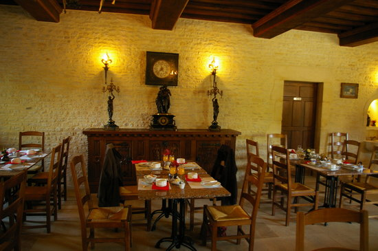 Le Manoir de Mathan: Breakfast room