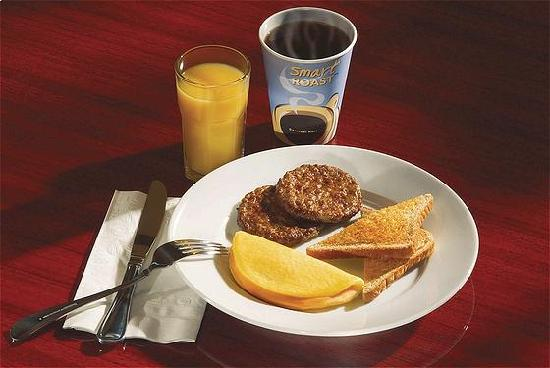 Holiday Inn Express Suites Paso Robles Hot Breakfast