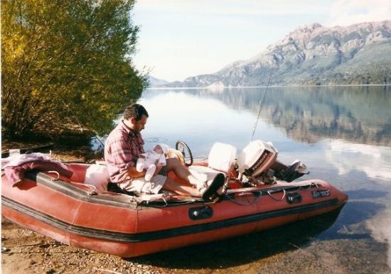 Neuquen, Argentina: Parque Nac Los Alerces. Argentina 2001 Con apenas 4 meses de vida, nos fuimos con nuestra hija