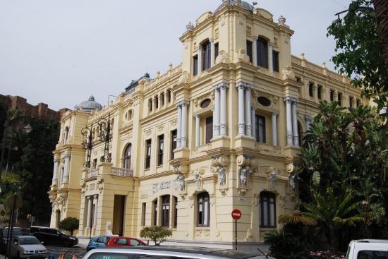 Malaga h tel de ville picture of malaga costa del sol for Hotels malaga