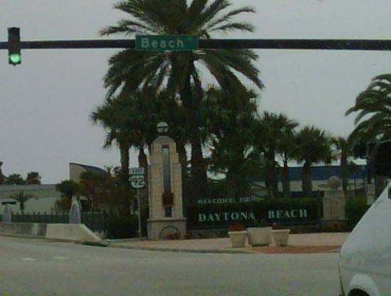 Daytona Beach, Flórida: Beach Avenue