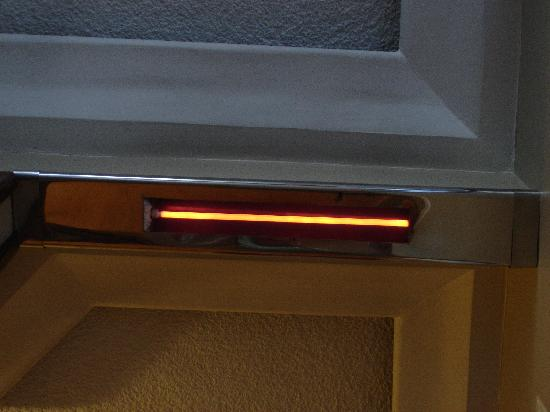 Hotel Reina Isabel: The fancy heater element
