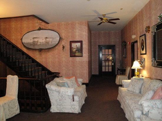 Ruebel Hotel: lobby