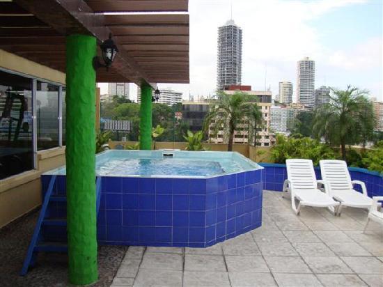 Hotel California: yacuzzi en la terraza! què paz!