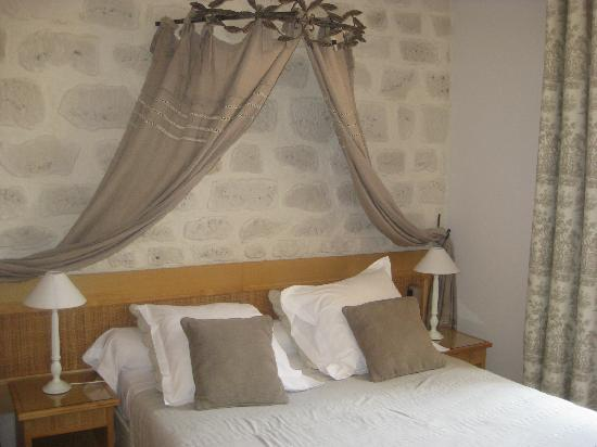 Le Pre Galoffre: Our lovely bedroom