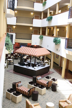 Comfort Suites: Lobby 2