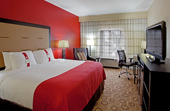 Holiday Inn Anderson: Guest Room