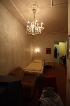 Pertschy Palais Hotel: single room