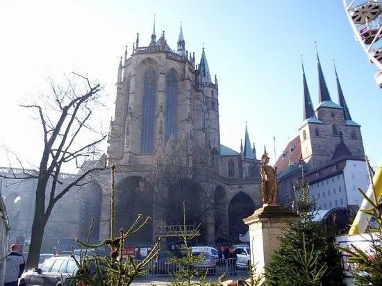 Erfurt, Niemcy: Bra större än kyrkan hemma