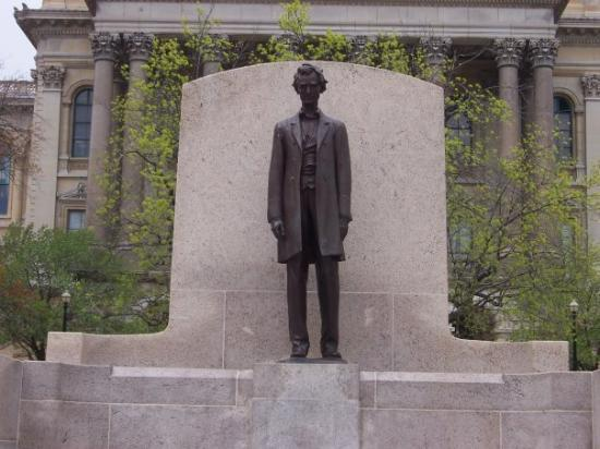 Lincoln Statue - Springfield, Illinois.