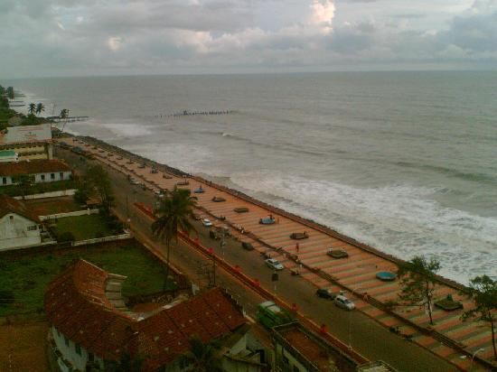 Kozhikode, India: Calicut Beach..a sky view