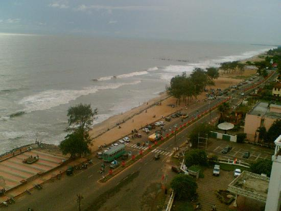 Kozhikode, India: Calicut Beach a skyline view