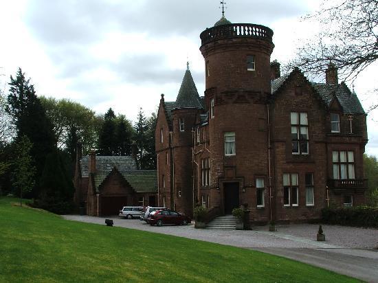 Somerton House Hotel: Threve House and garden