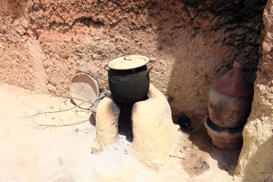 Amizmiz, Morocco: Berber village - where the bread is baked