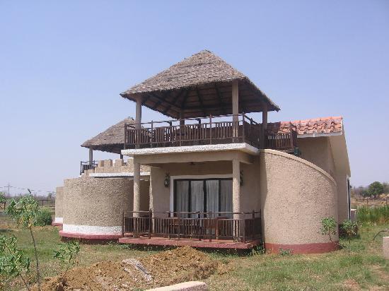 Mapple Bundela Tiger Retreat: Single Cottage