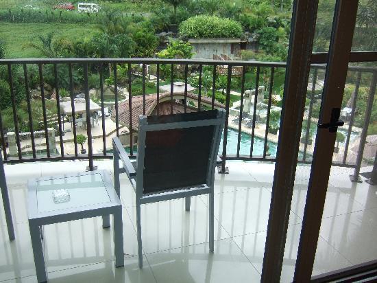 The Royal Corin Thermal Water Spa & Resort: terras