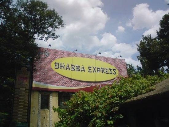 Dhaba Express: Punjabi Food at its best