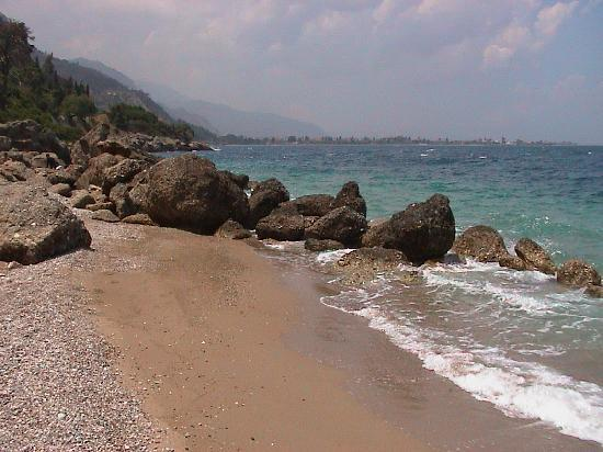 Ktima Fokaeon-Cherryland: Nearby beach