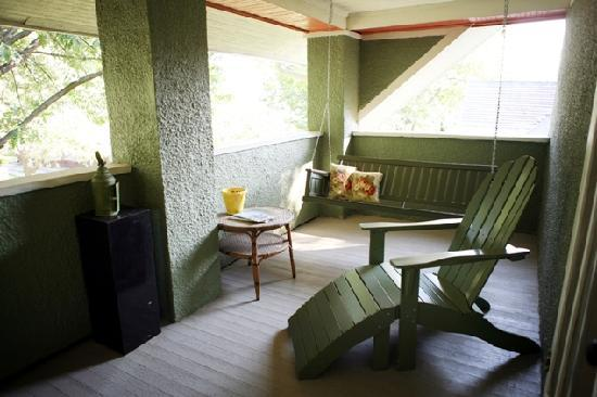 The Terrace Avenue Inn Suite Treetop Porch