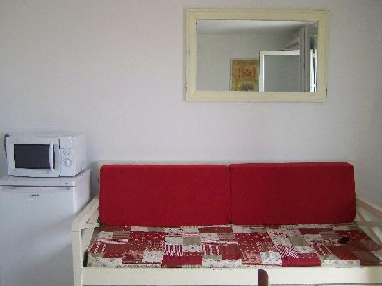 Residence Goelia Le Mas des Arenes: COTE SALON CHAMBRE 2