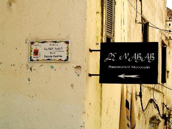 Le Nabab: the street sign