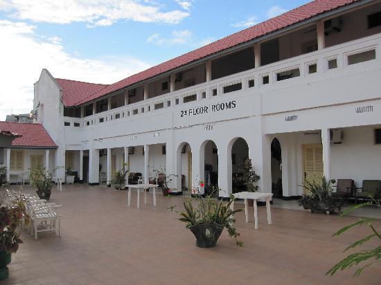 New Palm Tree Hotel: 2nd floor