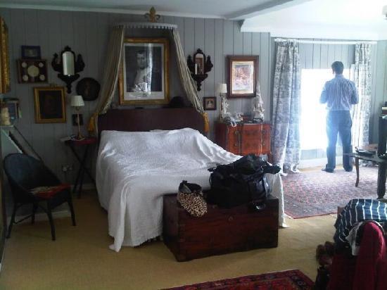 The Quay House: room 2