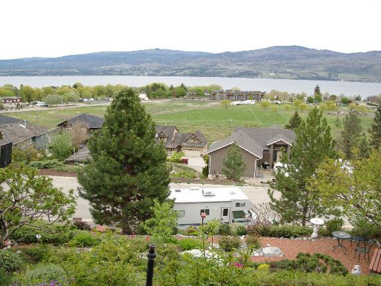 West Kelowna, Canada: View From the Terrace