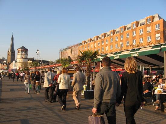Imagen de Rheinuferpromenade