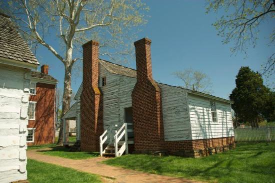 Appomattox, VA: The kitchen of the McLean house.