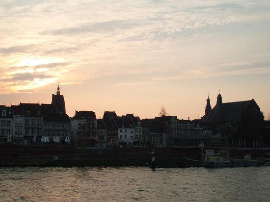 มาสทริชต์, เนเธอร์แลนด์: Maastricht