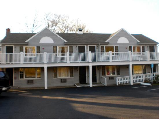 Nantasket Hotel at the Beach: Exterior