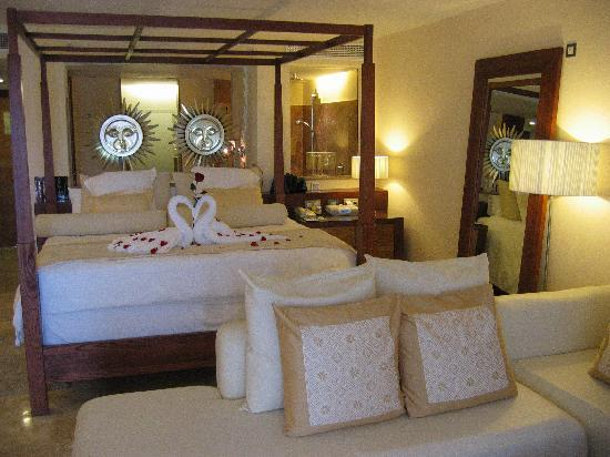 Excellence Playa Mujeres: our room 8068