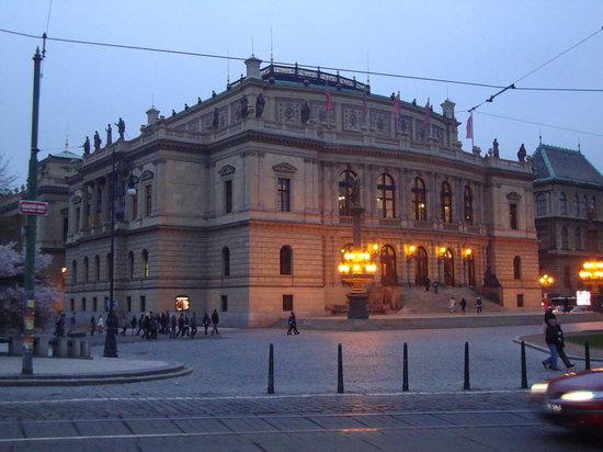 Rudolfinum Bild