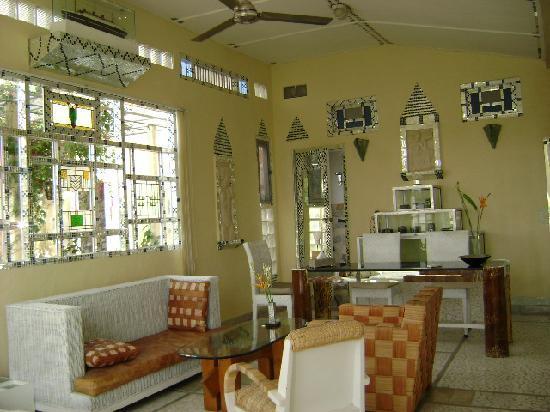 Michi Retreat: The villa - 1st bedroom's living room