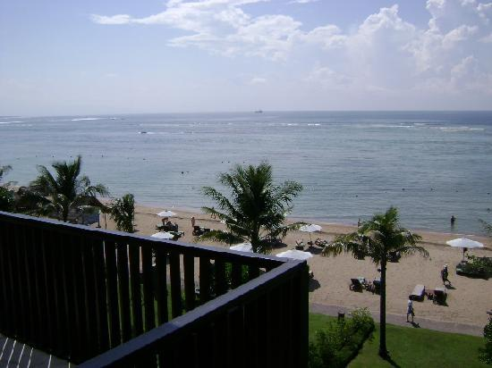 The Oasis Beach : top floor view (not from our room,lol)