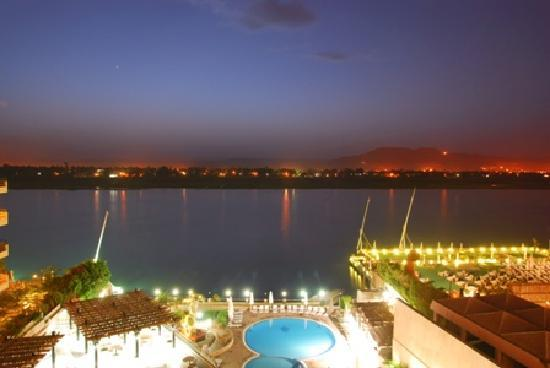 Lotus Luxor Hotel: That's Lotus pool directly below. A lot less crowded than in the big 5 star hotels we found.