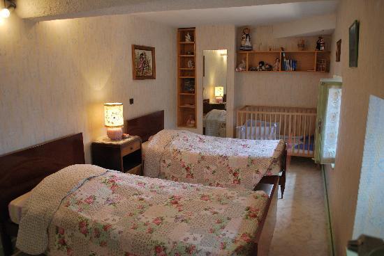 """Domaine Mont Saint Jean : suite familiale """"Mariecéline"""""""