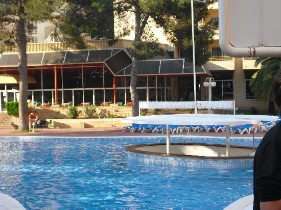 Jaime I Hotel: piscine