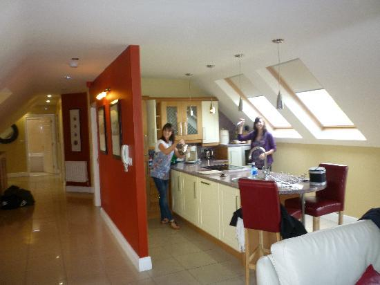 Beech View Self Catering Apartments: Kitchen