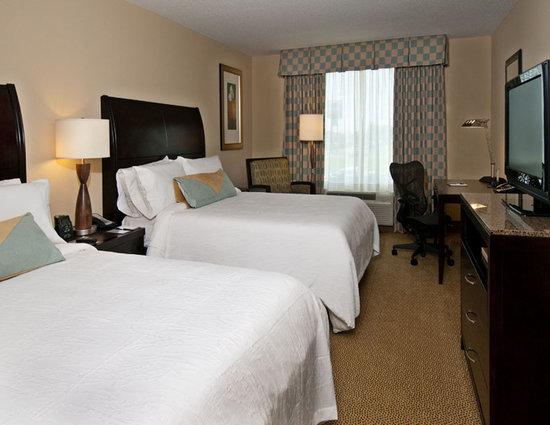 Hilton Garden Inn Dothan: Queen/Queen Guest Room
