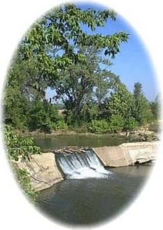 Cottonwood Falls, KS: Quiet Relaxing Comfort