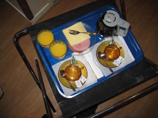Hotel Bema: colazione in camera, povera ma tutto sommato buona